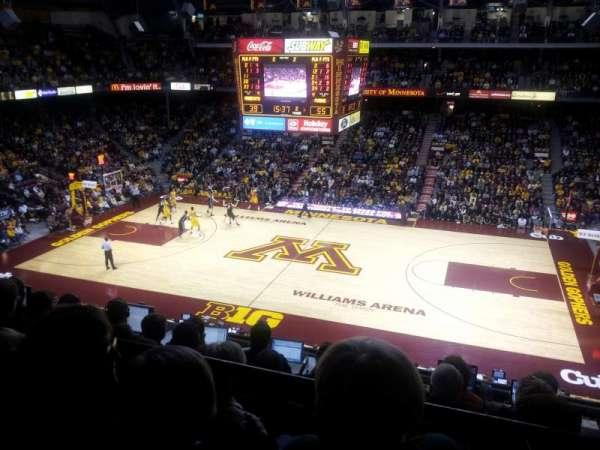 Williams Arena, secção: 218, fila: 6, lugar: 7
