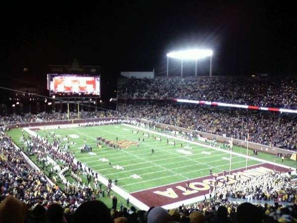 TCF Bank Stadium, secção: 231, fila: 27, lugar: 4
