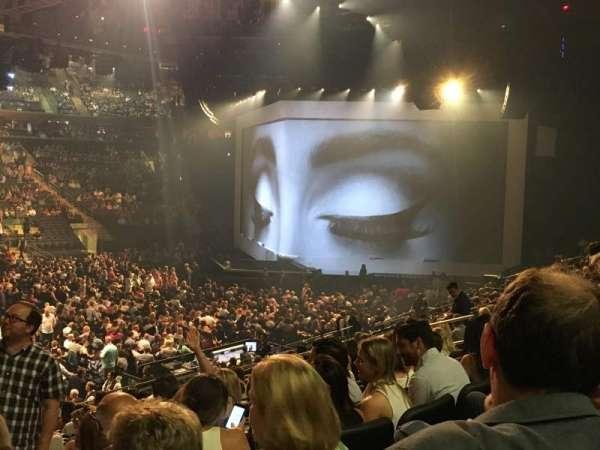 Madison Square Garden, secção: 106, fila: 17, lugar: 3