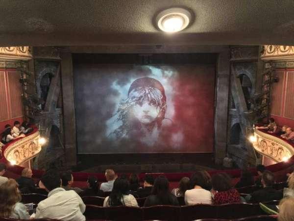 Sondheim Theatre (West End), secção: Dress Circle