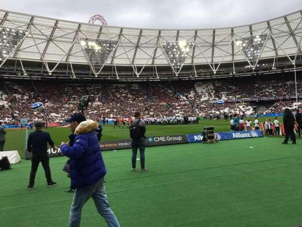 London Stadium, secção: 106, fila: 2, lugar: 356