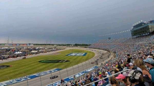 Chicagoland Speedway, secção: 422, fila: 28, lugar: 12