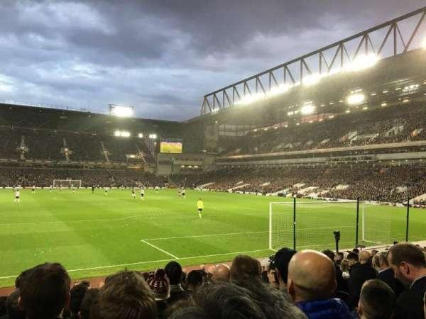 Boleyn Ground, secção: STBL3, fila: R, lugar: 68