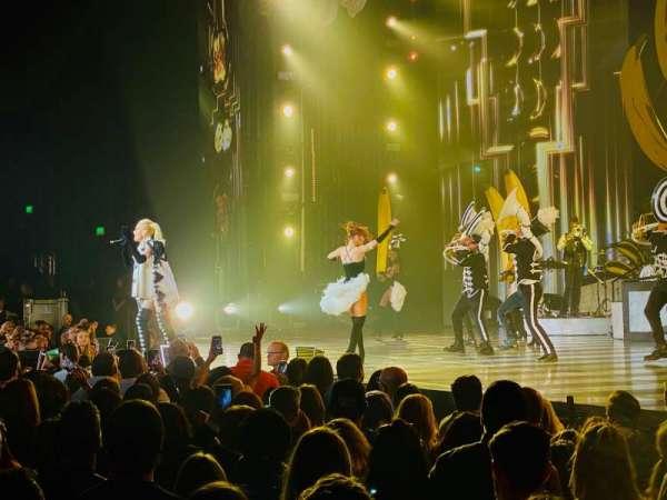 Zappos Theater, secção: VIP1, fila: B, lugar: 10