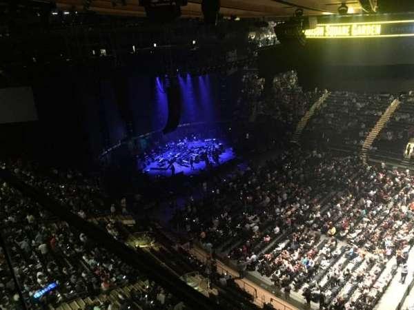 Madison Square Garden, secção: 326, fila: 1, lugar: 39