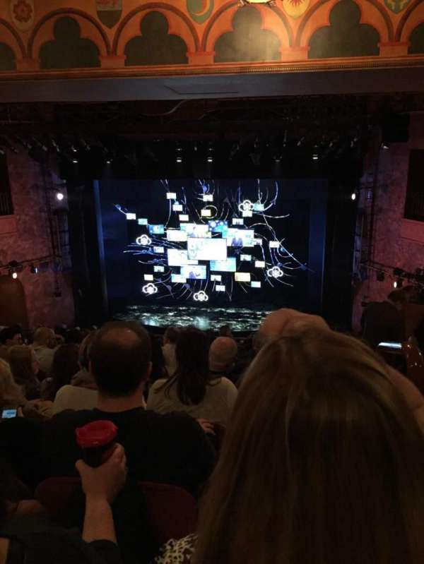 August Wilson Theatre, secção: Mezzanine C, fila: M, lugar: 101