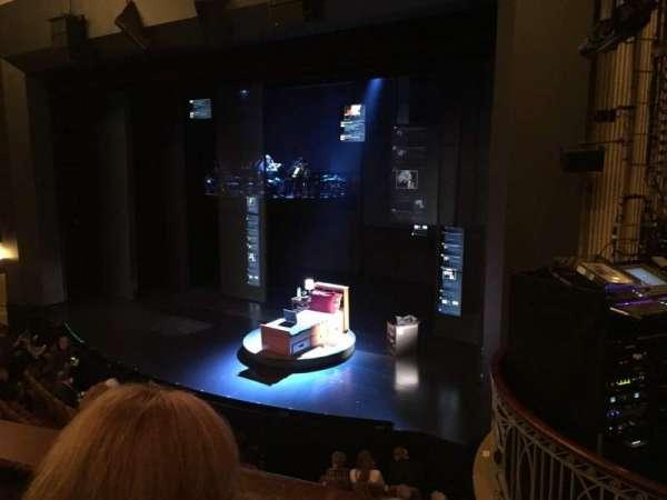 Music Box Theatre, secção: Mezzanine R, fila: B, lugar: 20