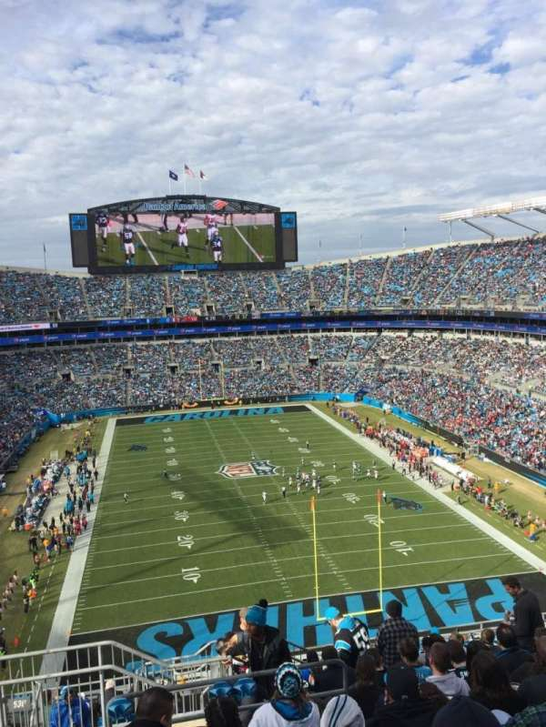 Bank of America Stadium, secção: 529, fila: 11, lugar: 24