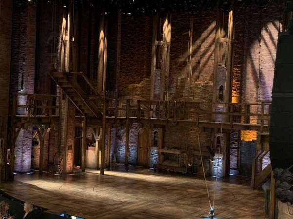 CIBC Theatre, secção: Dress Circle Box 2, fila: BX2, lugar: 208