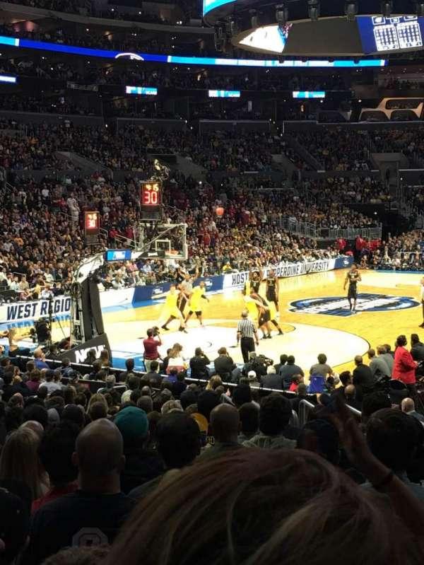 Staples Center, secção: 105, fila: 16, lugar: 7