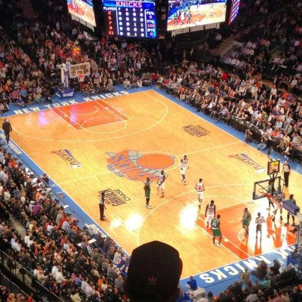 Madison Square Garden, secção: West balcony, fila: BS3, lugar: 9