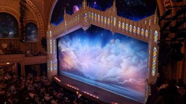 Eugene O'Neill Theatre, secção: Mezzanine C, fila: B, lugar: 26