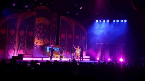 Radio City Music Hall, secção: Orchestra 6, fila: WW, lugar: 611