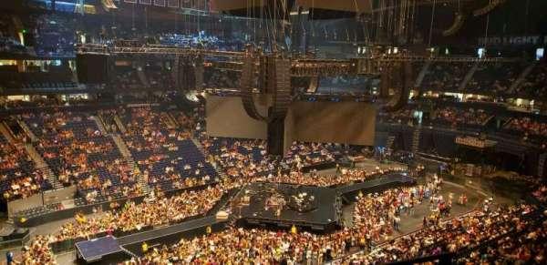 Bridgestone Arena, secção: 306, fila: B, lugar: 1
