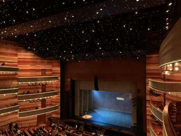 Eccles Theater, secção: 2TR, fila: D, lugar: 129
