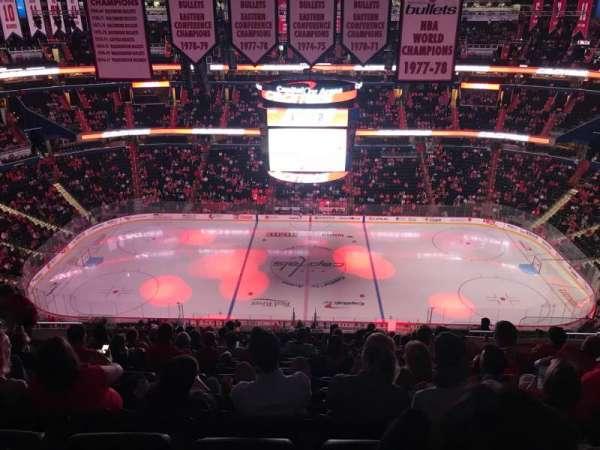 Capital One Arena, secção: 400, fila: Q, lugar: 15-16