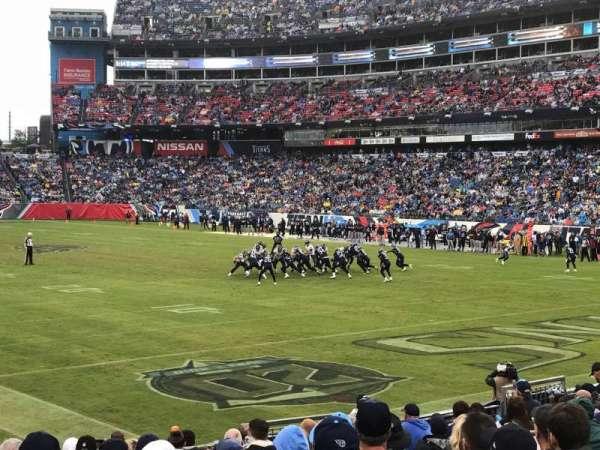 Nissan Stadium, secção: 104, fila: P, lugar: 9
