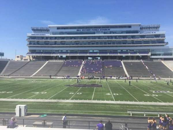 Bill Snyder Family Stadium, secção: 24, fila: 20