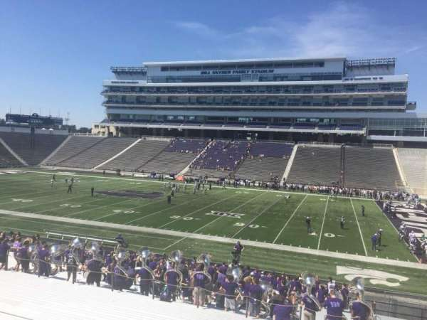 Bill Snyder Family Stadium, secção: 26, fila: 32