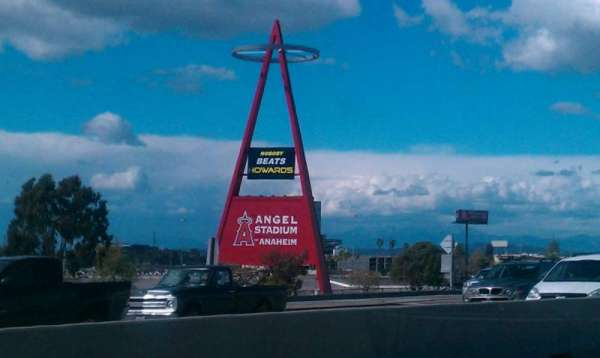 Angel Stadium, secção: Big A