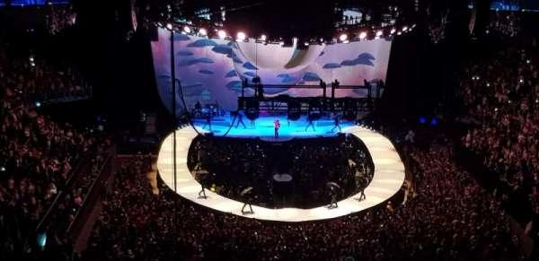 The O2 Arena, secção: 411, fila: D, lugar: 712