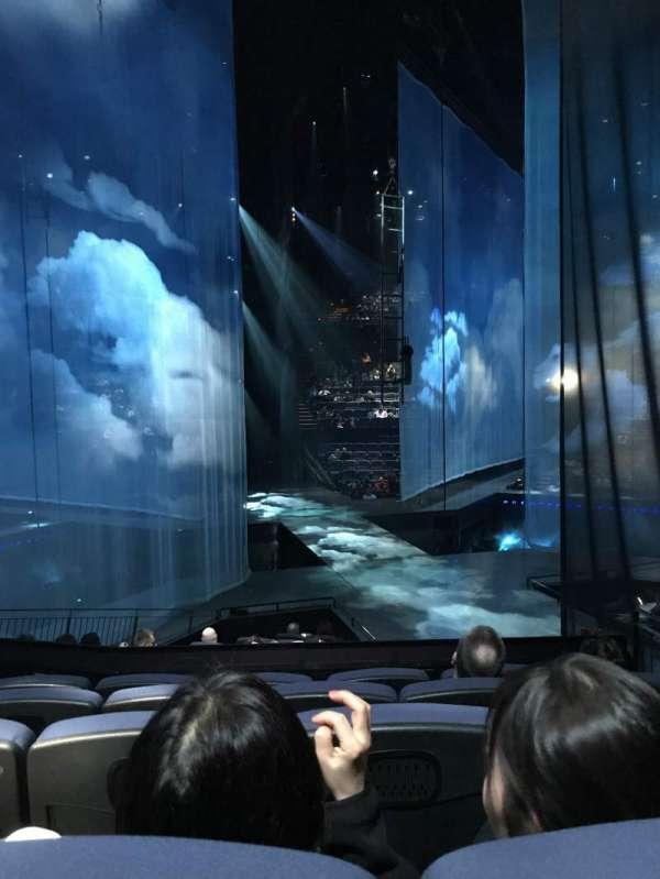 Love Theatre - The Mirage, secção: 205, fila: O, lugar: 13