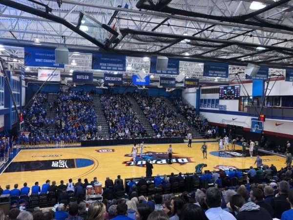 Sullivan Athletic Center, secção: D, fila: 20, lugar: 13