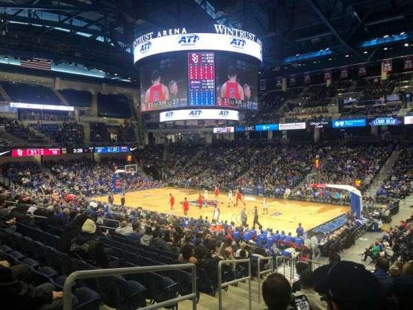 Wintrust Arena, secção: 105, fila: R, lugar: 2