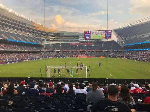 Soldier Field, secção: 151, fila: 13, lugar: 8
