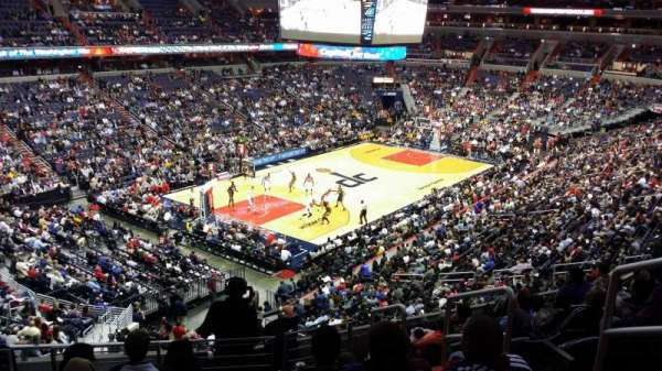 Capital One Arena, secção: 210, fila: H, lugar: 9