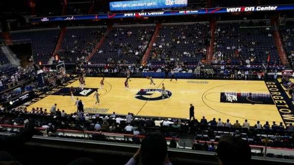 Capital One Arena, secção: 201, fila: C, lugar: 6