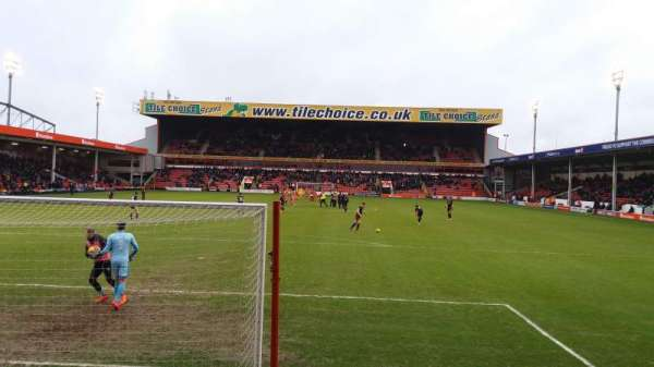 Bescot Stadium, secção: Away End