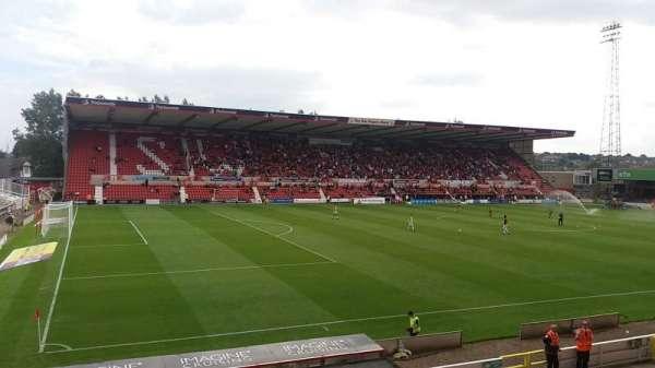 County Ground, secção: Arkells Stand
