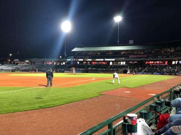 Louisville Slugger Field, secção: 123, fila: A, lugar: 7