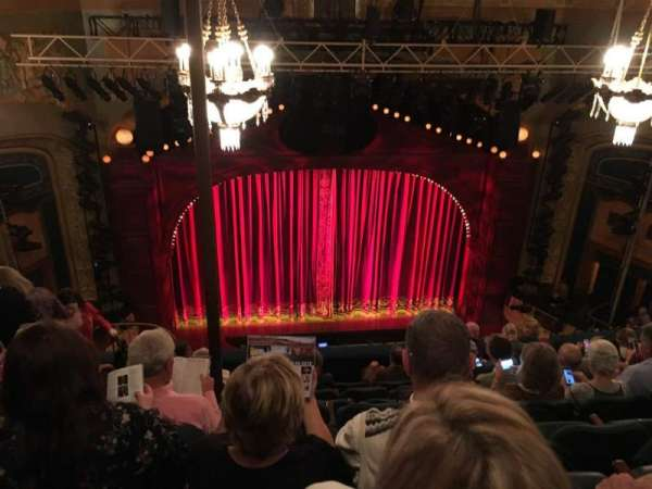 Shubert Theatre, secção: BALC, fila: H, lugar: 111