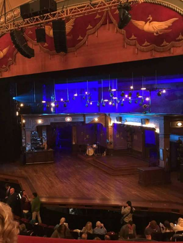 Bernard B. Jacobs Theatre, secção: Mezzanine R, fila: B, lugar: 6