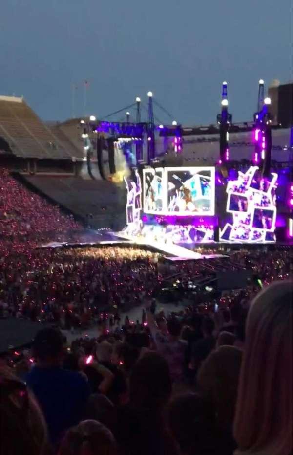 Ohio Stadium, secção: 13A, fila: ?, lugar: ?