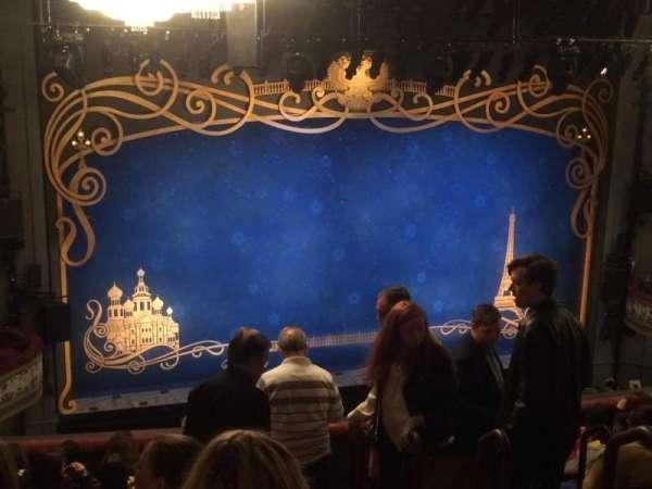 Broadhurst Theatre, secção: Mezzanine L, fila: K, lugar: 7