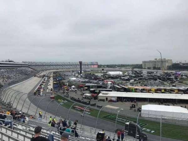 Dover International Speedway, secção: 225, fila: 24, lugar: 4