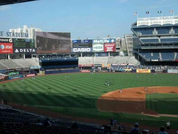 Yankee Stadium, secção: 225, fila: 19, lugar: 2