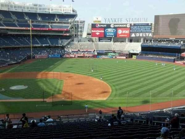 Yankee Stadium, secção: 215, fila: 19, lugar: 9