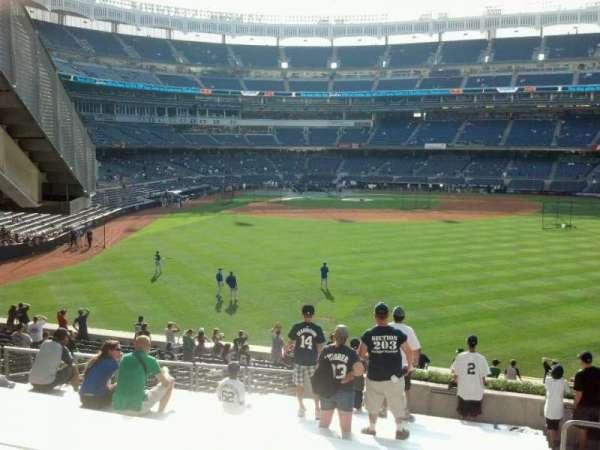 Yankee Stadium, secção: 204, fila: 16, lugar: 4