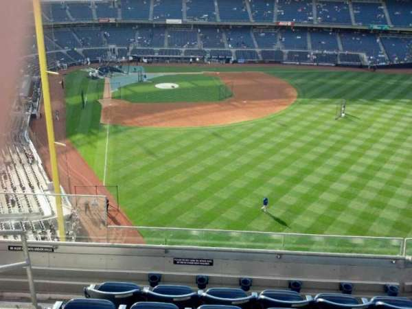Yankee Stadium, secção: 306, fila: 6, lugar: 25