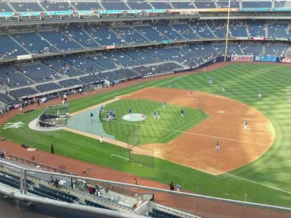 Yankee Stadium, secção: 313, fila: 3, lugar: 11
