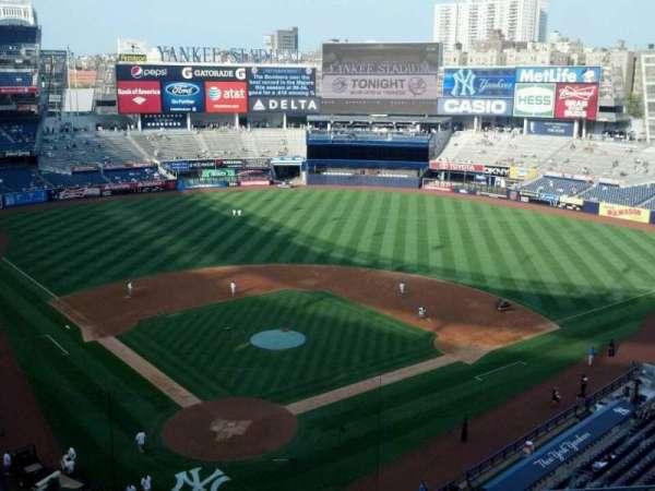 Yankee Stadium, secção: 320a, fila: 5, lugar: 6
