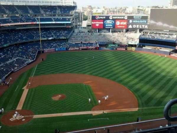 Yankee Stadium, secção: 417, fila: 4, lugar: 3
