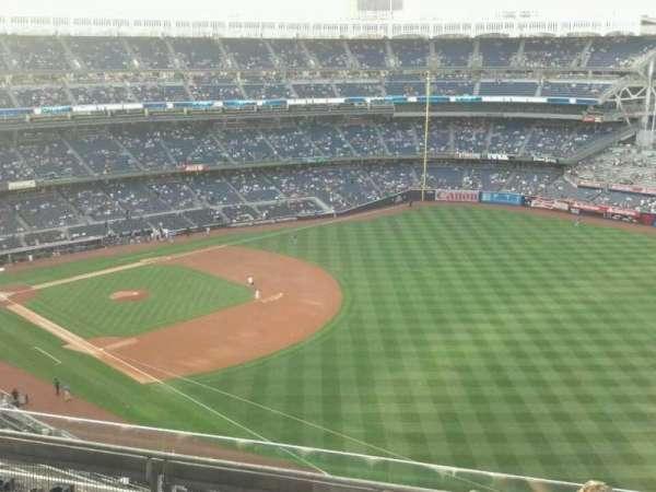 Yankee Stadium, secção: 410, fila: 5, lugar: 4