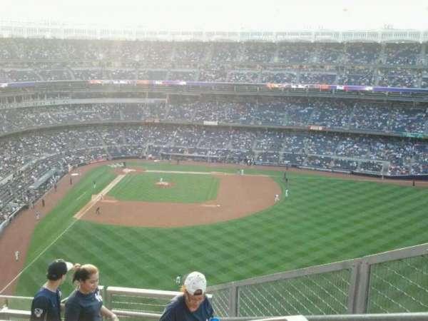 Yankee Stadium, secção: 405, fila: 7, lugar: 2