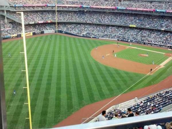 Yankee Stadium, secção: 431b, fila: 1, lugar: 18