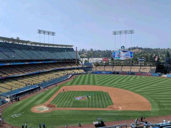Dodger Stadium, secção: 16rs, fila: A, lugar: 3